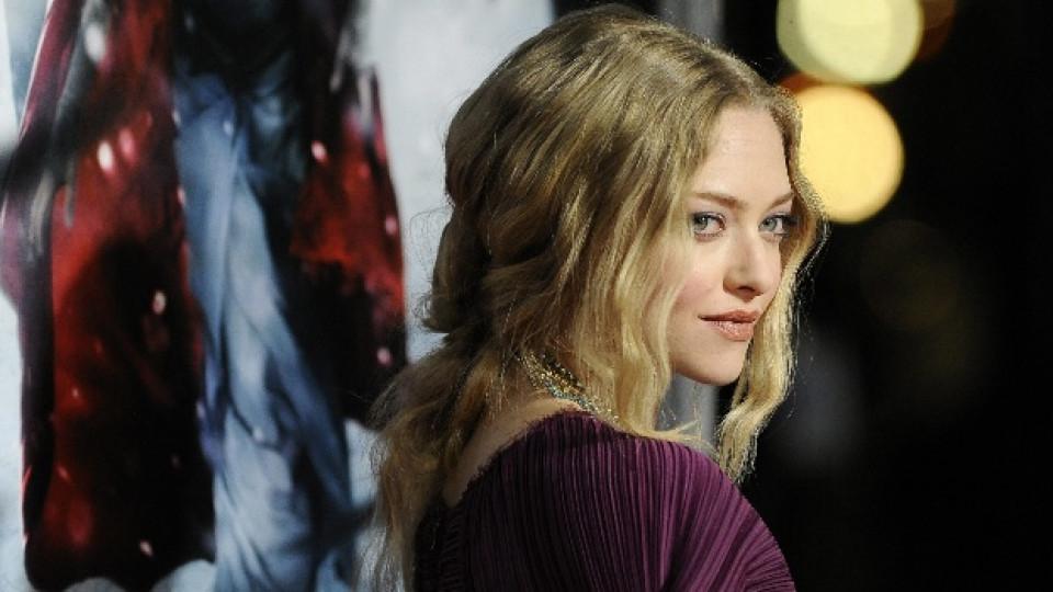 """Аманда Сейфрид на премиерата на филма """"Червената шапчица"""" в Холивуд през март 2011-а"""