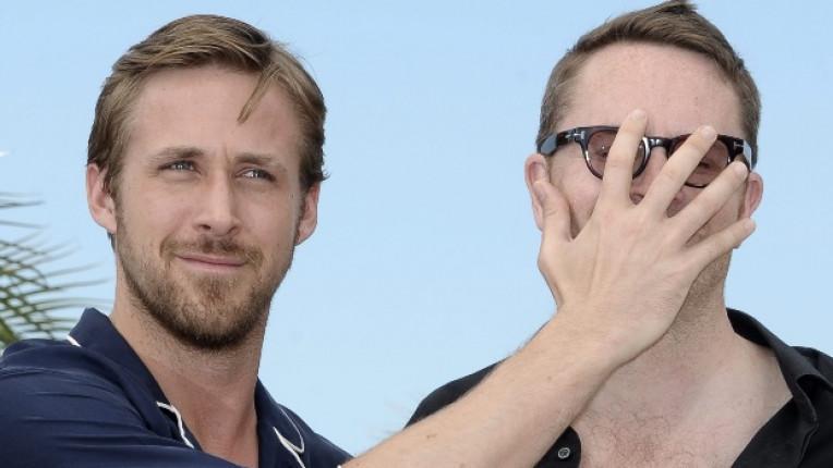 Райън Гослинг закрива лицето на режисьора на филма Drive Николас