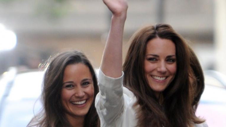 Кейт Мидълтън на преден план и сестра й Пипа