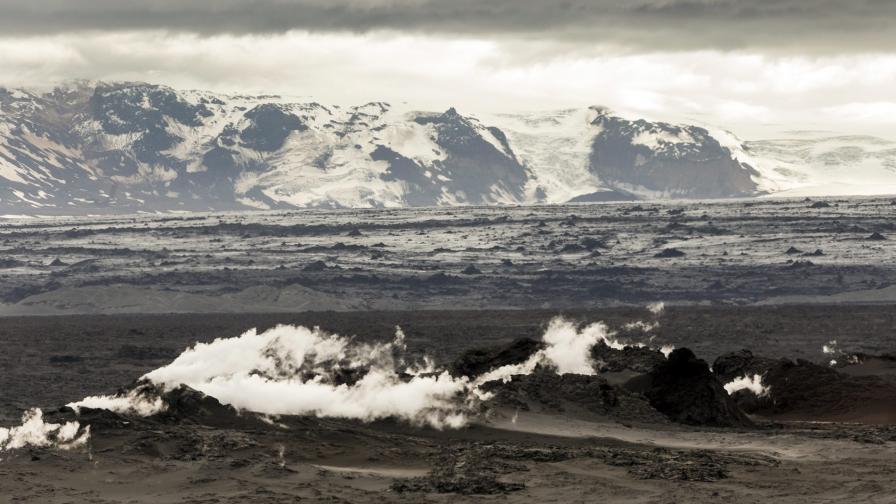 Исландия забрани полетите над вулкана Бардарбунга
