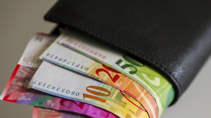 Швейцария освободи курса на франка