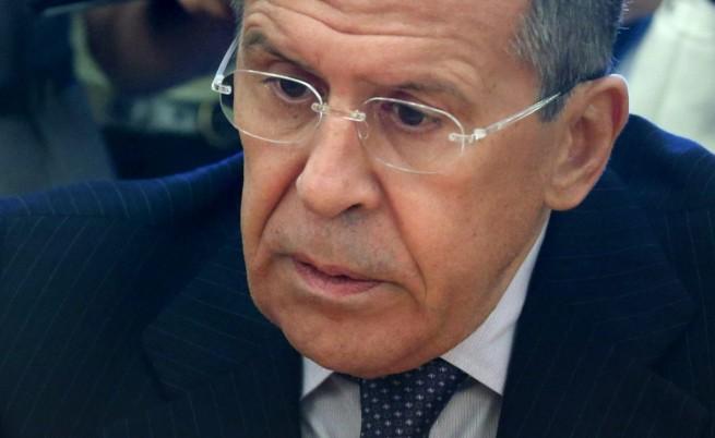 Лавров: Русия е готова на практически стъпки за деескалиране на кризата в Украйна