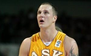 Литовски баскетболист уби жена си и се застреля