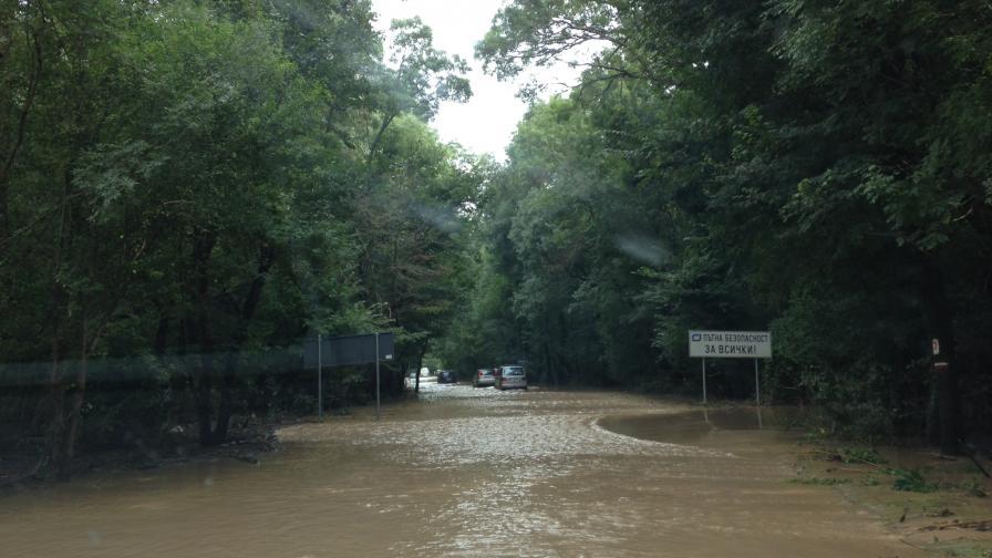 Спасители разказват за ада на пътя Бургас-Созопол