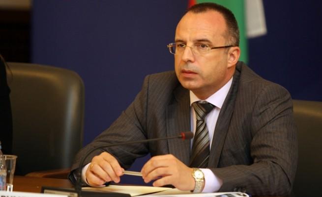 Порожанов: Има пари за изплащане на гарантираните влогове в КТБ