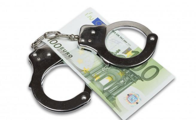 Разбиха група за данъчни измами, действала в три държави