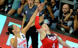 Две американки и две испанки в идеалния тим на Световното по баскетбол