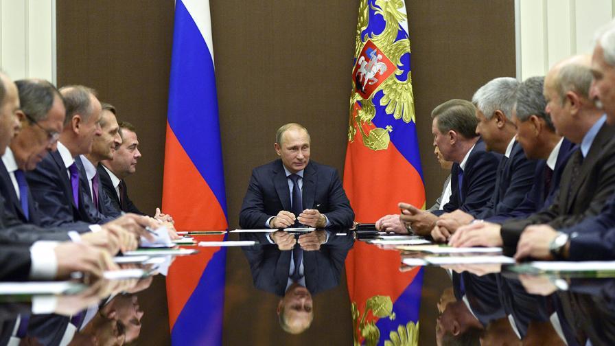 Путин изтегля руските войски от украинската граница
