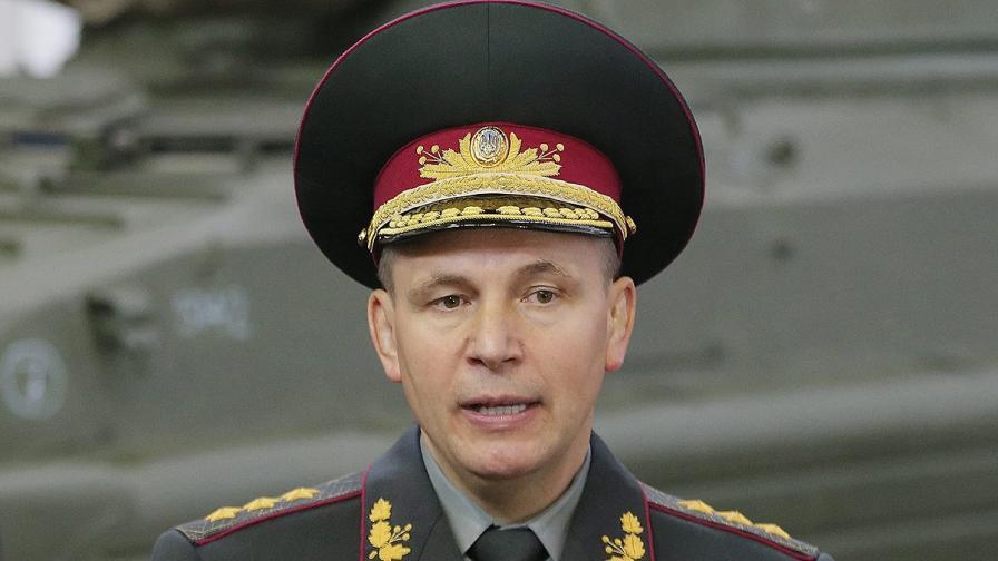 Порошенко освободи от длъжност министъра на отбраната