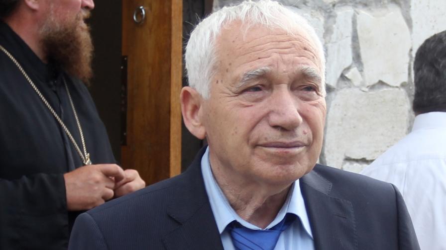 Желю Желев