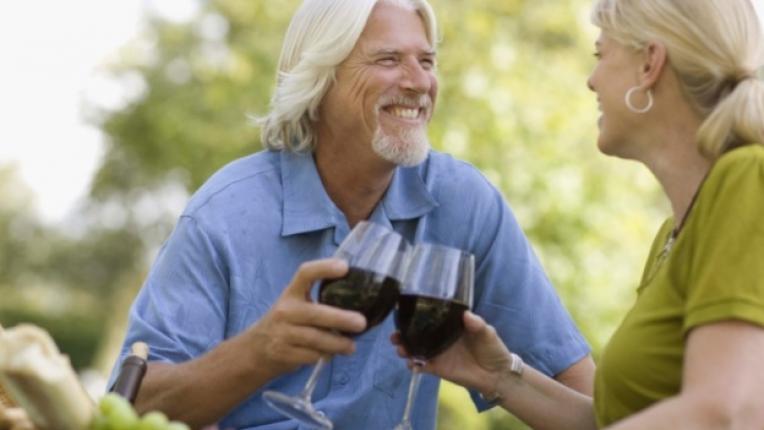чаша вино питие