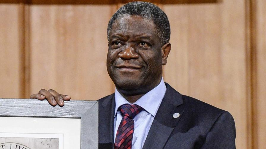 """Конгоанският гинеколог получи наградата """"Сахаров"""""""