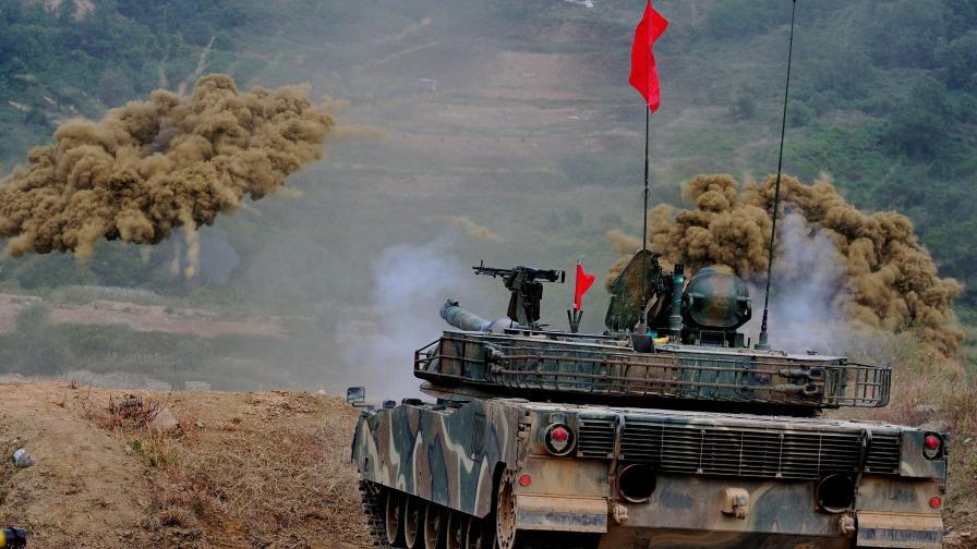 САЩ запазват контрола върху армията на Южна Корея при война