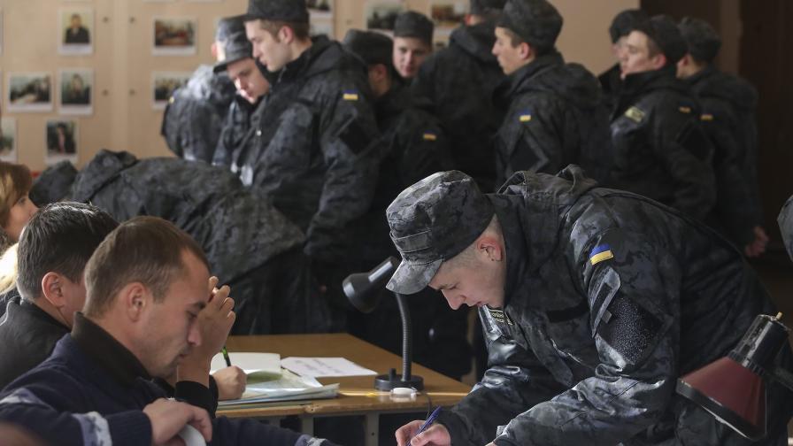 Днес са предсрочните избори в Украйна