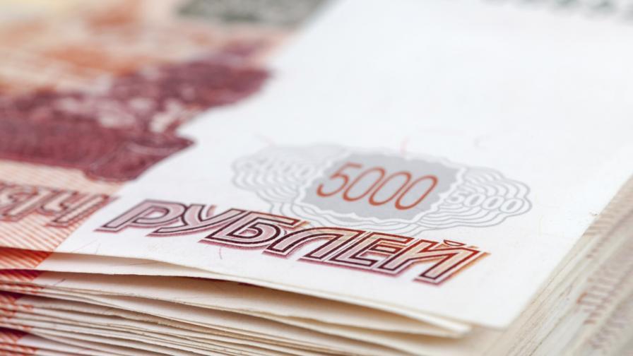 Руската централна банка взима отчаяни мерки за рублата