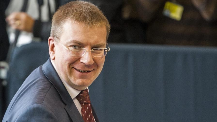 Външният министър на Латвия призна, че е гей