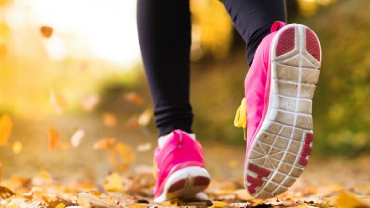 жена спорт упражнение