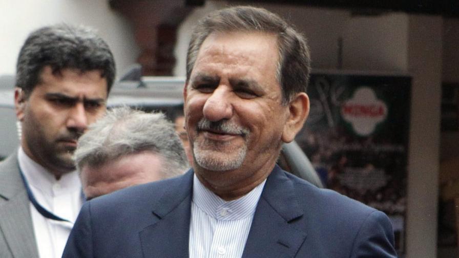 """Иран обеща на Ирак """"целия си капацитет"""", за да се бори с ИД"""