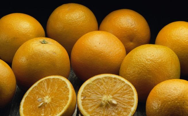 Портокалите са позволени и дори е желателно да се ядат през целия ден. Тогава те помагат на храносмилането. Противно на възприетата практика, сок от свеж портокал не се препоръчва по време на закуска, защото дразни стомаха.