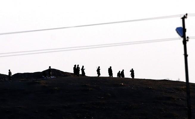 ИД с видео на масово убийство на заложници, участват и деца