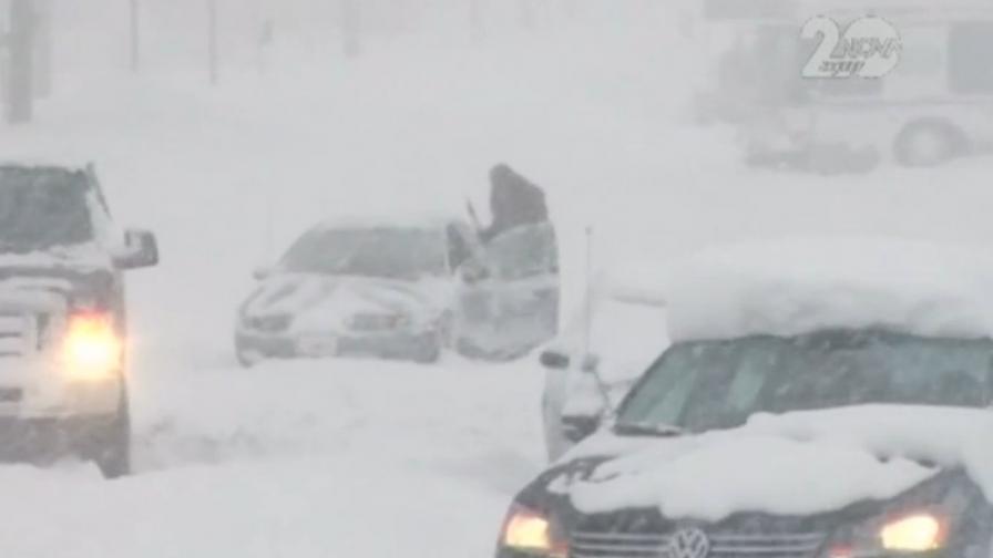 Снежни бури изненадаха и САЩ