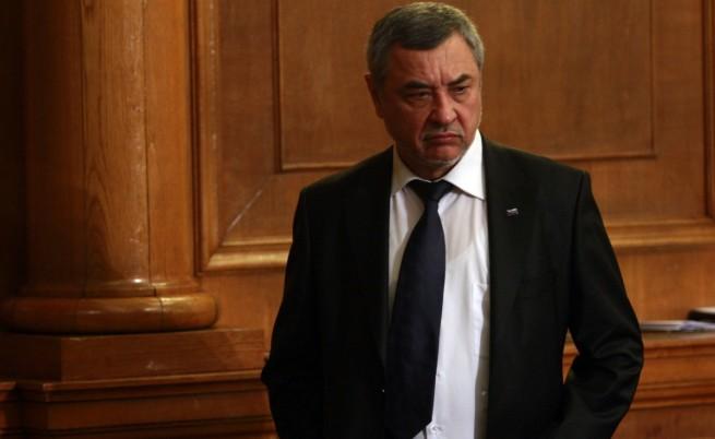 Валери Симеонов: Не искаме да събаряме правителството