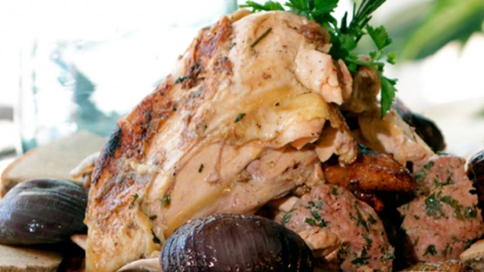 Пълнено печено пиле по селски