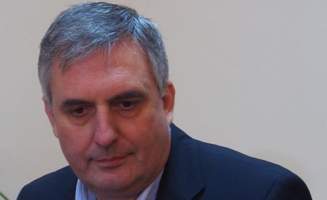 Калфин иска промени в проектобюджета за 2015 г.