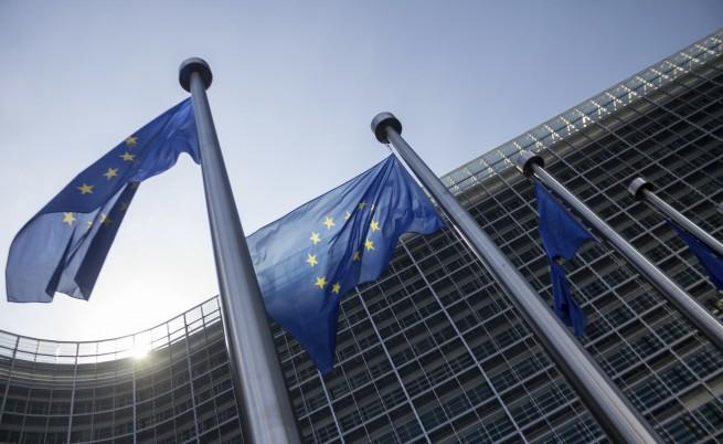 """Европейската комисия призова Гърция да разговаря с Русия """"в един глас с останалите страни от ЕС"""""""
