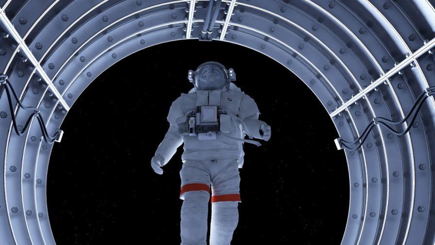 Канадска компания ще строи космически асансьор