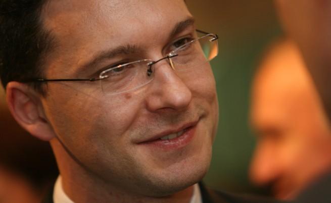 Даниел Митов: Трябват ни по-строги закони за трафик на хора