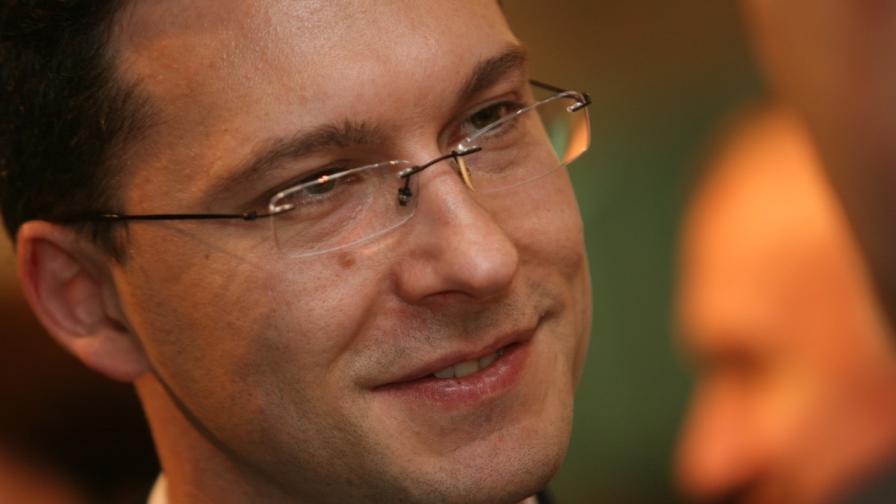 Хакнаха Даниел Митов, намек за руска връзка
