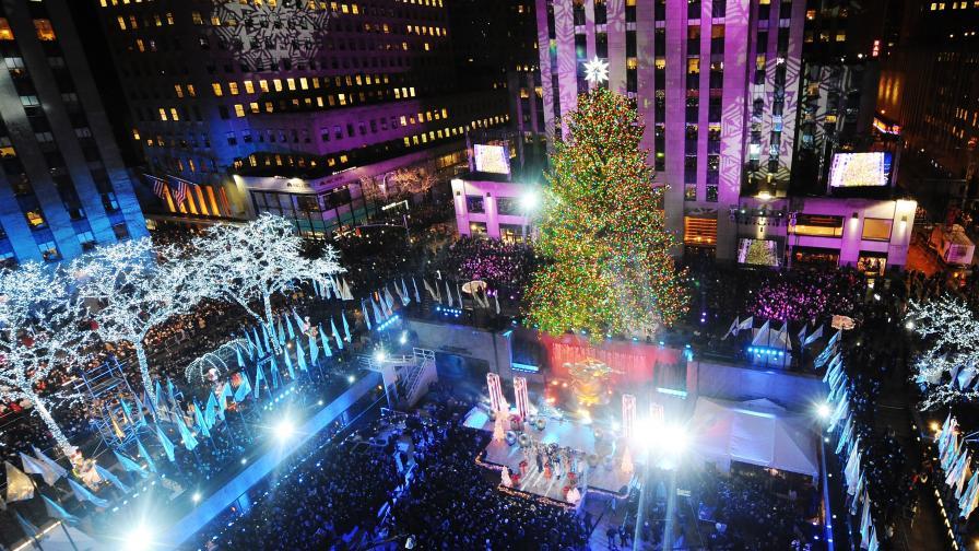 Запалиха коледните светлинки в Ню Йорк (снимки)