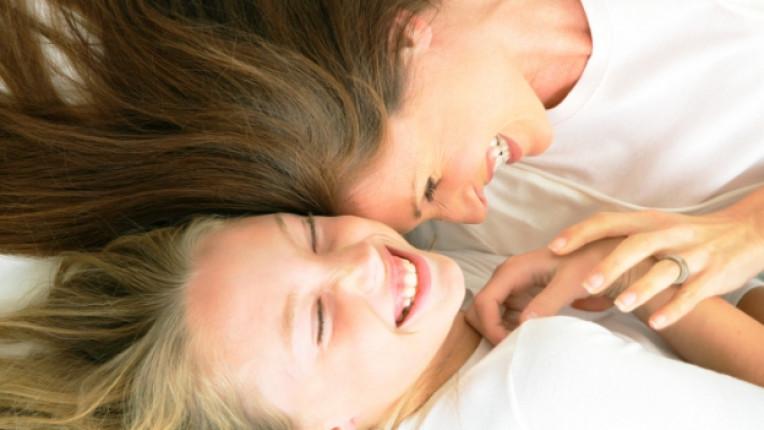 майка дете момиче щастие мама