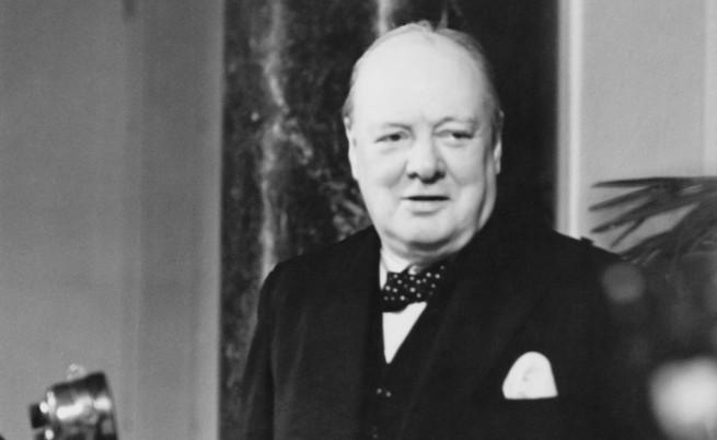 Семейството на Чърчил го молило да не приема исляма