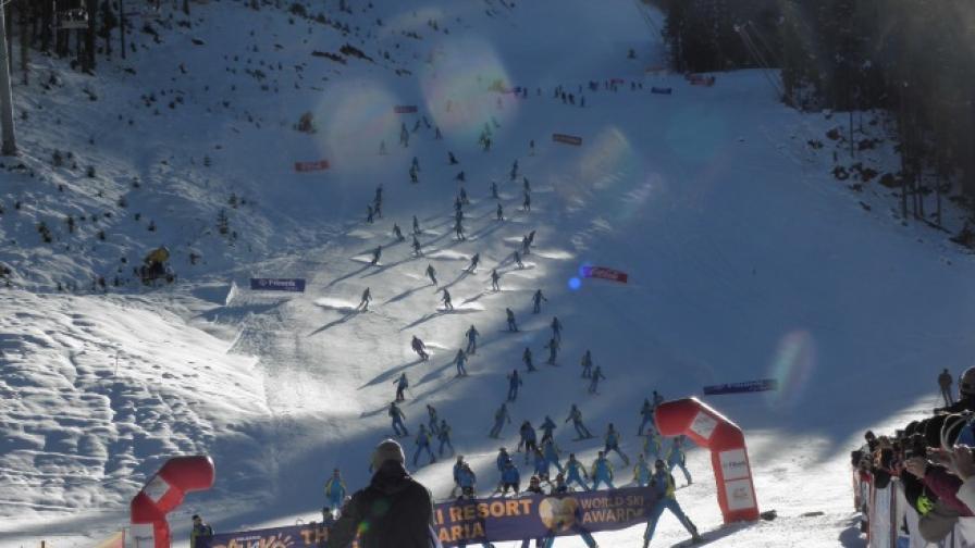 Транспортираха с хеликоптер пострадал сноубордист в Банско