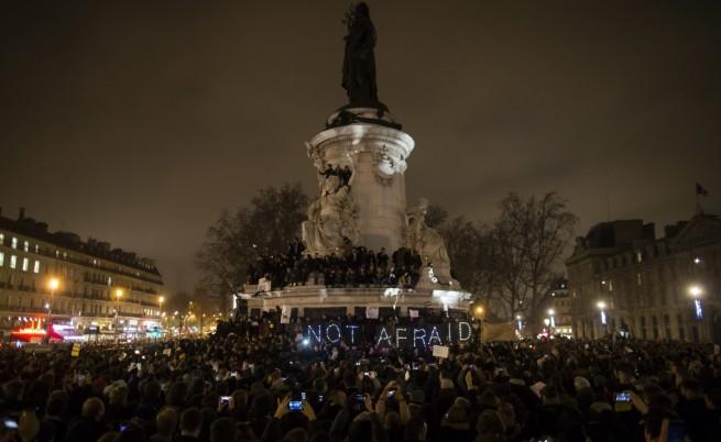Хиляди организираха бдения по света заради