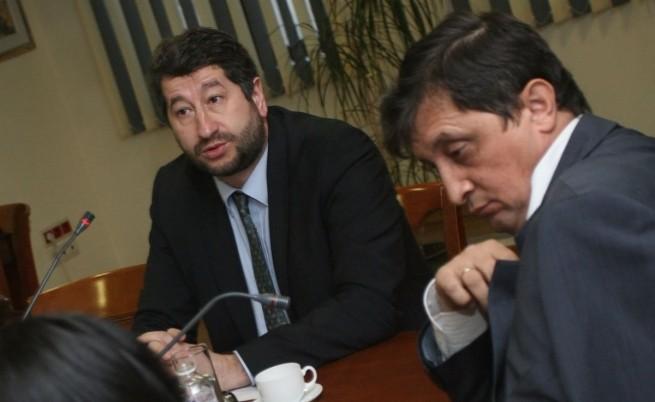 Правосъдният министър Христо Иванов и председателят на ВАС Георги Колев по време на заседанието на ВСС днес