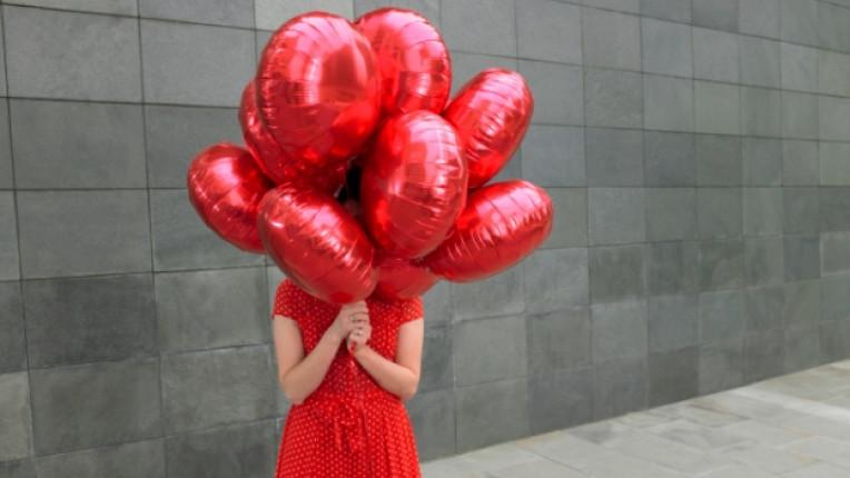 балони радост червено