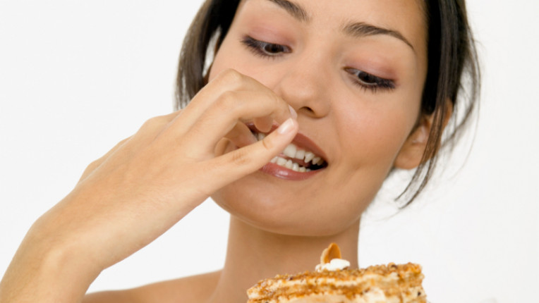 апетит жена ядене хранене вкусно
