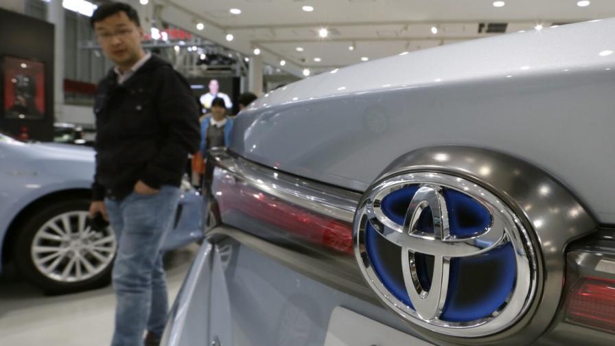 """""""Тойота"""" остана №1 по продажби и през 2014 г."""