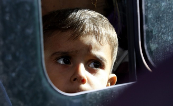 Децата на имигранти, родени или израснали в Гърция, ще получат гръцко гражданство