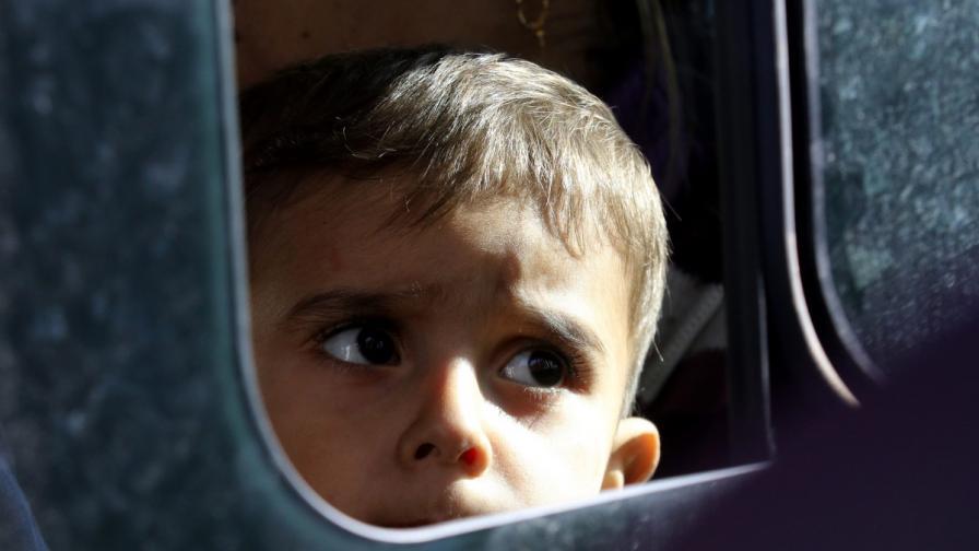 Атина дава гражданство на деца на имигранти, родени в Гърция