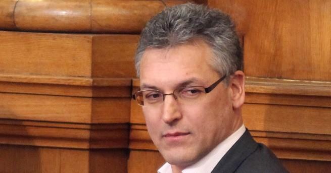 Парламентът гласува отстраняването на депутата от БСП Валери Жаблянов от