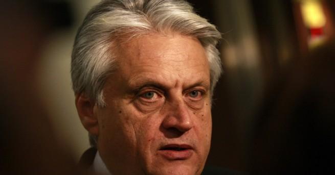 България Президентът Радев назначи Бойко Рашков за член на своя