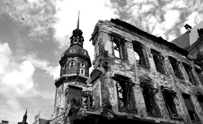 Дрезден след бомбардировките