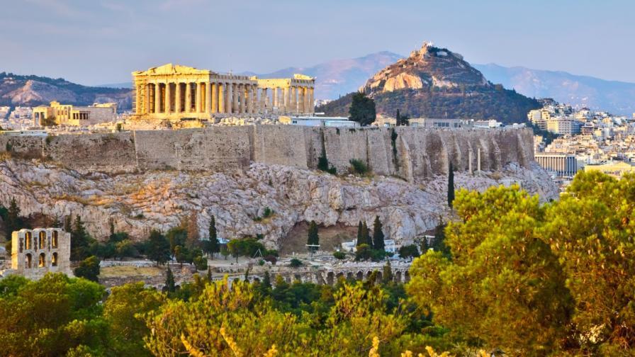 По-ниски цени на продукти, ресторанти и на тока в Гърция