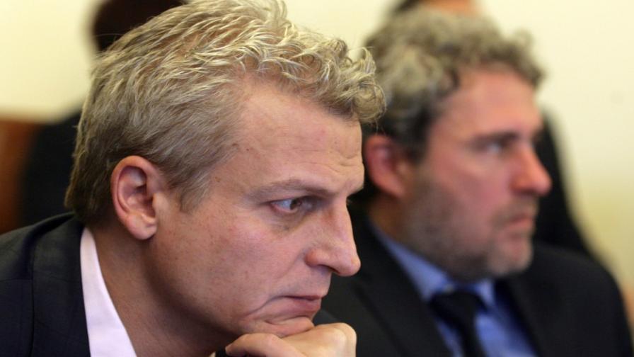 Москов: Нужно е прецизиране на забраната за пушене на закрито