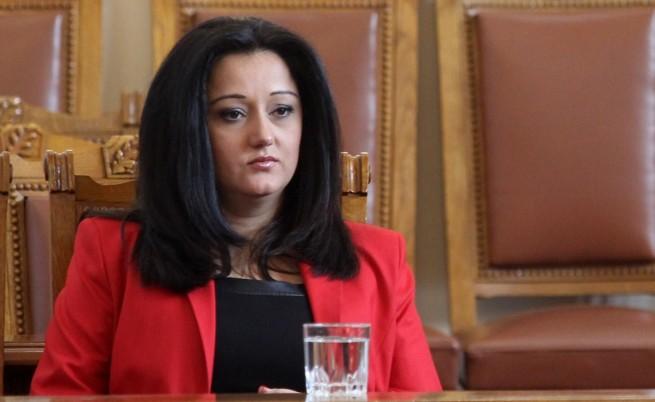 Лиляна Павлова в Народното събрание