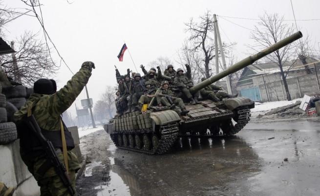 Киев: Руски танкове и реактивни системи за залпов огън пресякоха границата